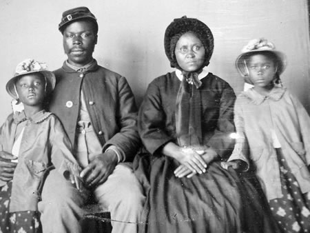 African American family during the Civil War