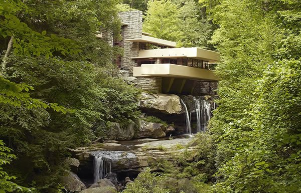 Image of Fallingwater exterior
