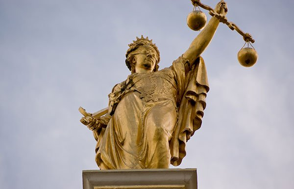 Image of statue of justice