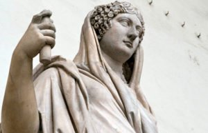 Statue of Roman woman