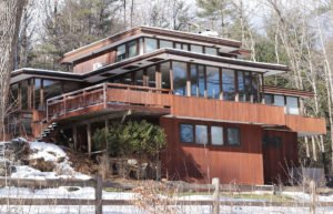 Brown multi-level modern house in Norwich, Vermont